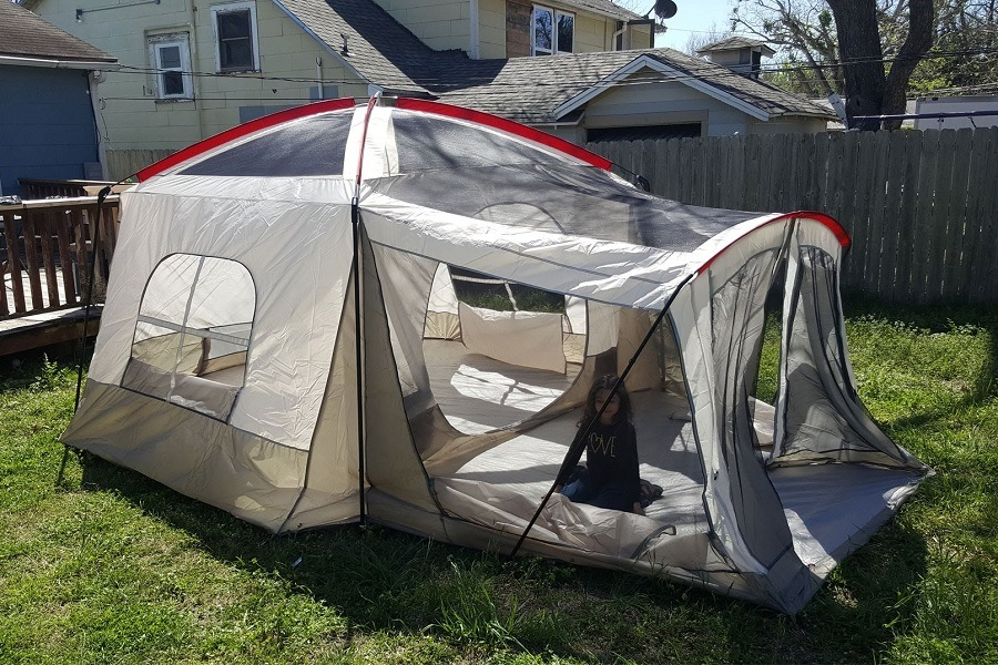 wenzel-klondike-8-person-family-tent-reviews