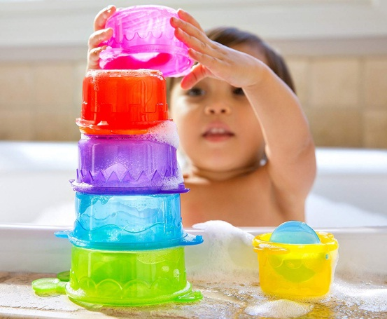 Munchkin-Caterpillar-Spillers-Stacking-and-Straining-Cups-Bath-Toy