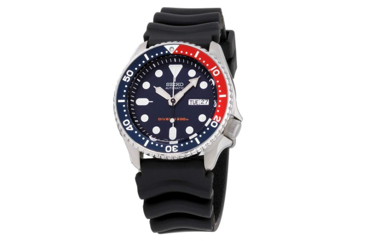 Seiko-Divers-Navy-Dial-Rubber-Strap-Mens-Watch-Review