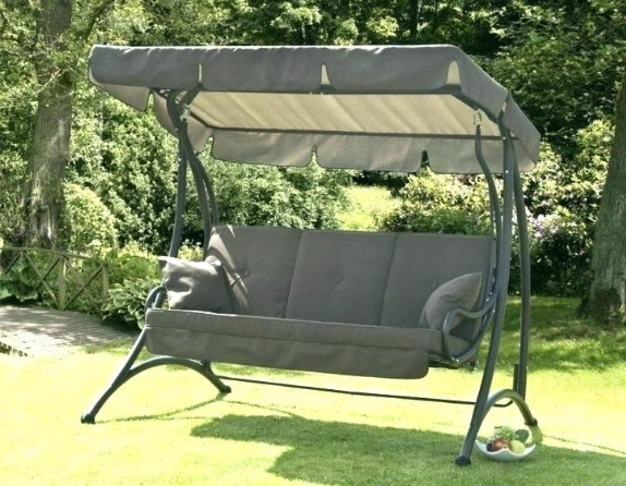 best-outdoor-garden-swings-for-adults