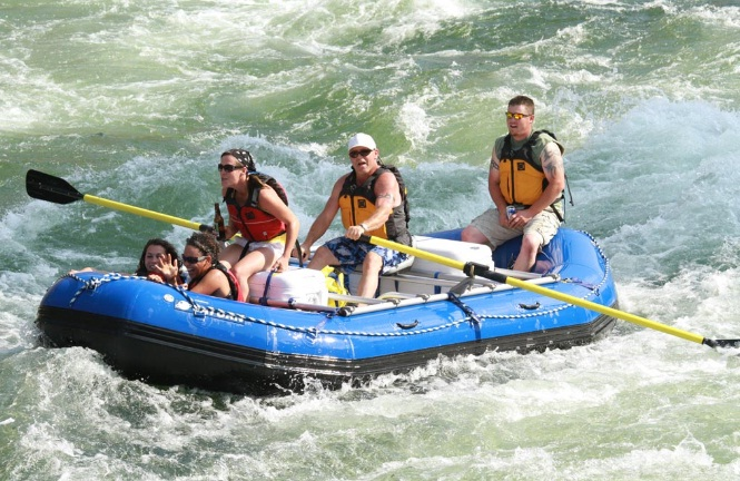 Best-5-Person-Inflatable-Boat