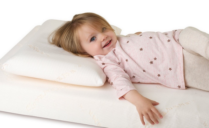 Clevamama-Breathable-Foam-Toddler-Pillow-Review