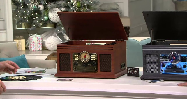 victrola-nostalgic-classic-wood-6-in-1-bluetooth-turntable-entertainment-center-review
