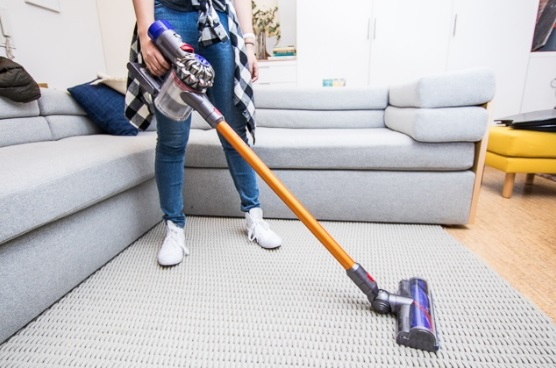 dyson-v8-absolute-cordless-hepa-vacuum-cleaner-review