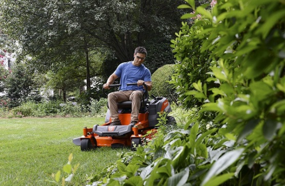 husqvarna-zero-turn-lawn-mower-Reviews