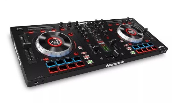 numark-mixtrack-3-all-in-one-controller
